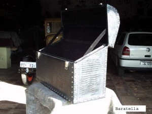 Bau-carro-antigo-007