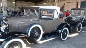Ford-1930-Sport-Coupe-16