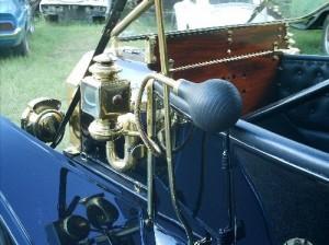 Ford-1910-Modelo-T-Preto-01