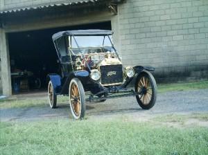 Ford-1910-Modelo-T-Preto-04