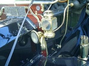 Ford-1910-Modelo-T-Preto-05