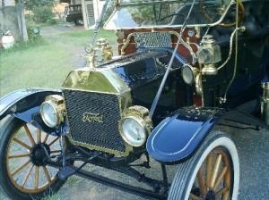 Ford-1910-Modelo-T-Preto-06