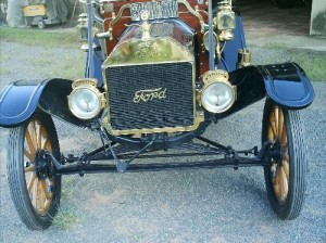 Ford-1910-Modelo-T-Preto-07