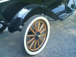 Ford-1910-Modelo-T-Preto-08