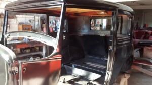 Ford-1931-Victoria-Preto-17
