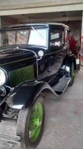 Ford-1931-Victoria-Preto-86